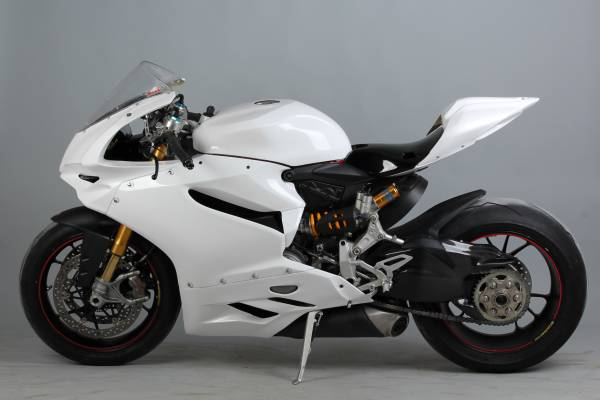 Complete fairings in 5 pieces without front fender  Vers.2 Seat Race
