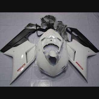 Complete and painted fairings in abs PL848