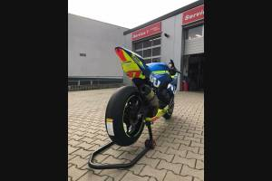 Complete and painted fairings SZ17MT16