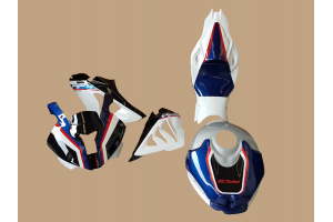 Complete and painted fairings + tank cover, screws, fasteners BHP418