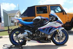 Complete and painted fairings + tank cover, screws, fasteners HP4