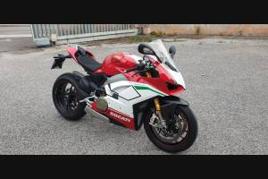 Complete and painted fairings in abs Ducati Panigale V4 for Akrapovic exhaust DUCV4 SP