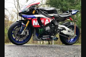 Complete and painted fairings Yamaha R1 2015 - 2018 YAMR17 MC19