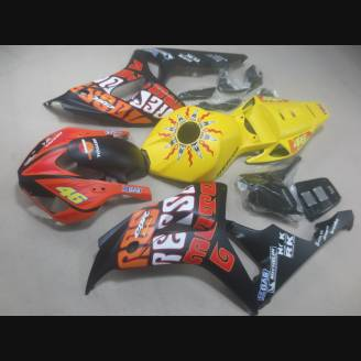 Complete and painted fairings in abs HND CBR 1B RF