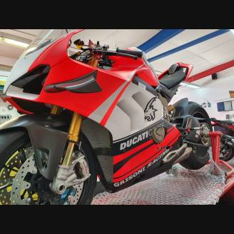 Painted street fairings in abs compatible with Ducati Panigale V4R for Akrapovic exhaust - MXPCAV11937