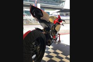Painted street fairings in abs compatible with Ducati Panigale V4R for Akrapovic exhaust - MXPCAV12079