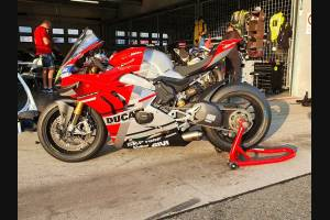 Painted Race Fairings Ducati Panigale V4 V4S 2020 with back seat Neoprene seat + screws, fasteners - MXPCRV12773