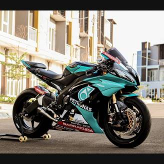 Painted street fairings in abs compatible with Yamaha R6 2008 - 2016 -  MXPCAV12269